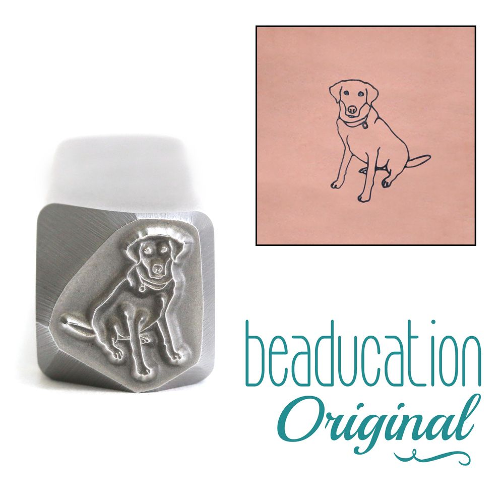 807 Labrador Dog Sitting Beaducation Original Design Stamp
