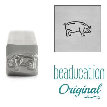 DSS1083 Pig Facing Right Beaducation Original Design Stamp 8 mm