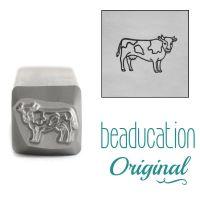 DSS1082 Cow Facing Right Beaducation Original Design Stamp 10 mm