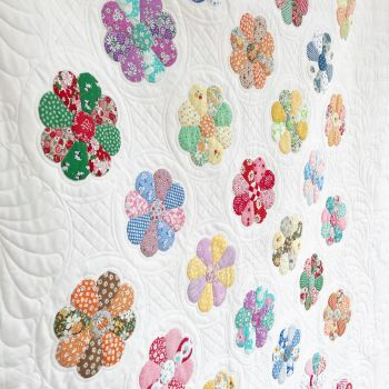 'Dresden Plate' Quilt Complete English Paper Pieced Papers Kit