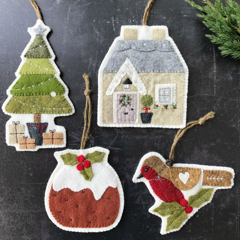 Cozy Cottage Christmas Felt Decorations Pattern