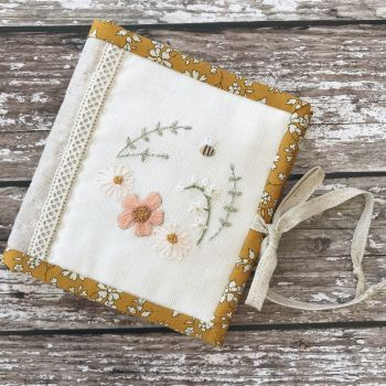 'Little Bee Needle Book' Kit & Pattern