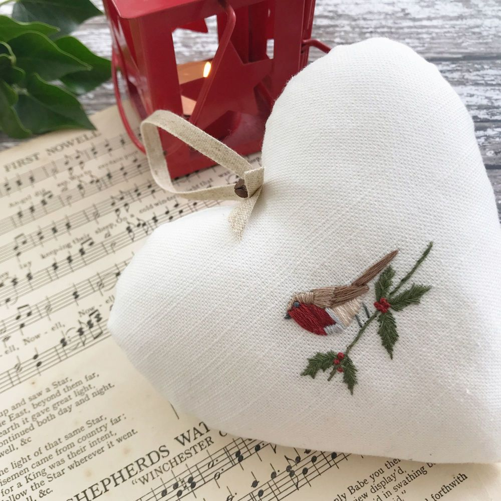 'Embroidered Heart Christmas Robin and Holly' Kit and Pattern