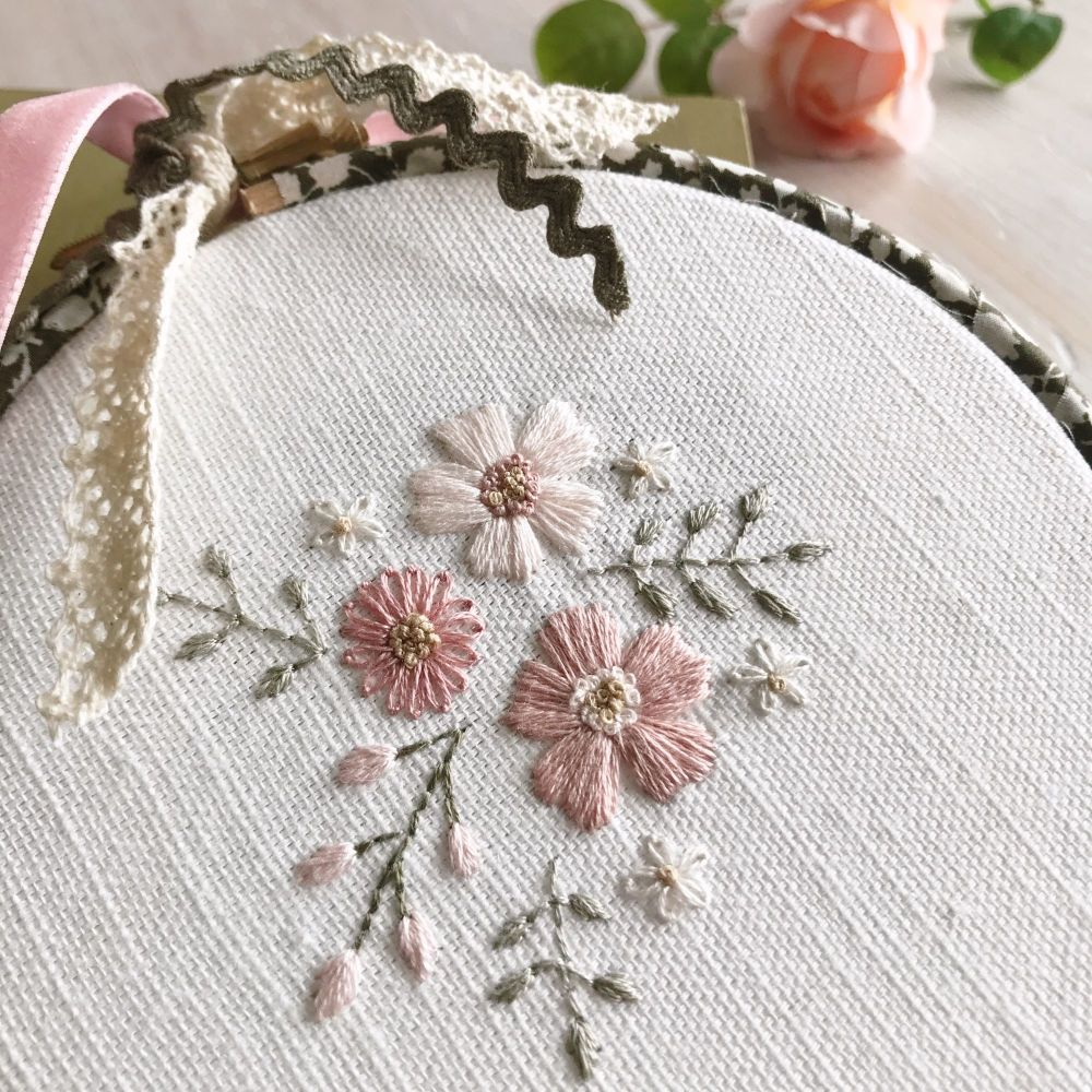 'Embroidery Hoop Garden Cuttings in Pink and Green' Kit & Pattern