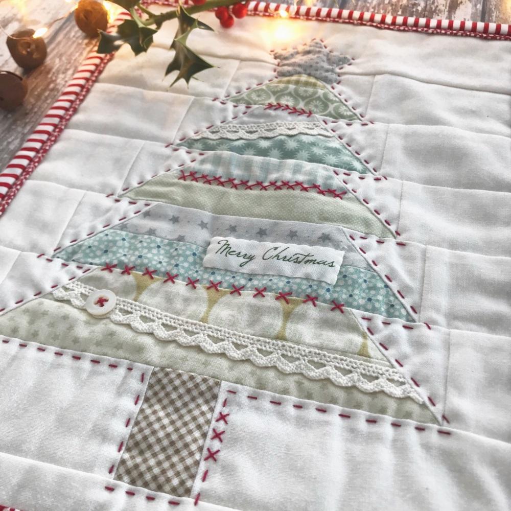 'Christmas Tree Mini Quilt' Kit & Pattern