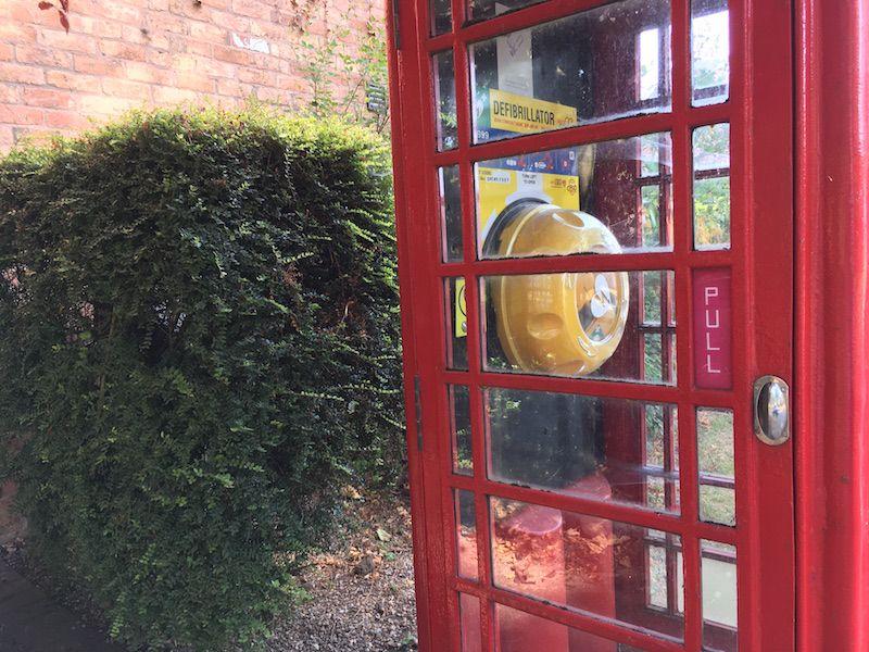 Defibrillator in Wysall