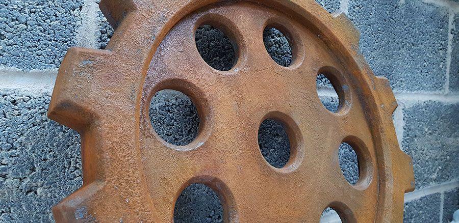 Rusty-Cog-03