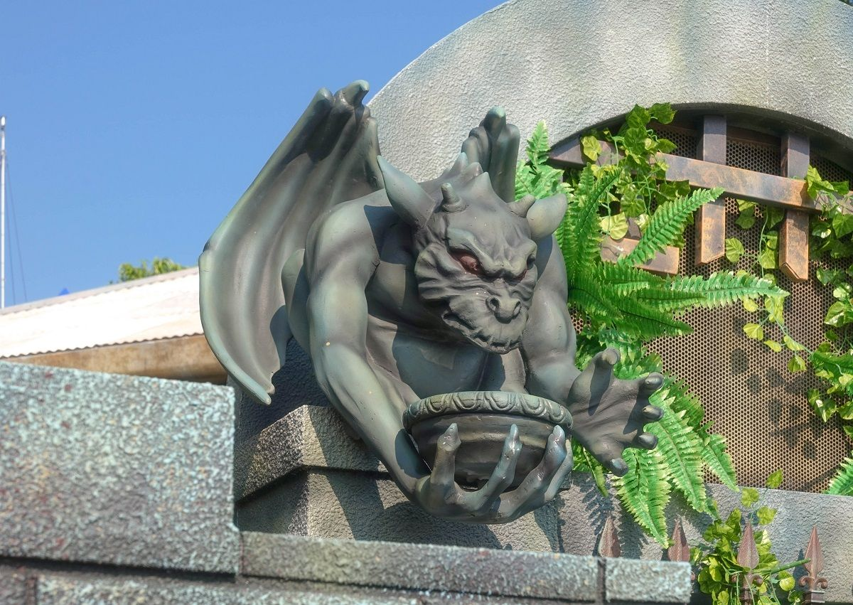 Gargoyle Theme Model