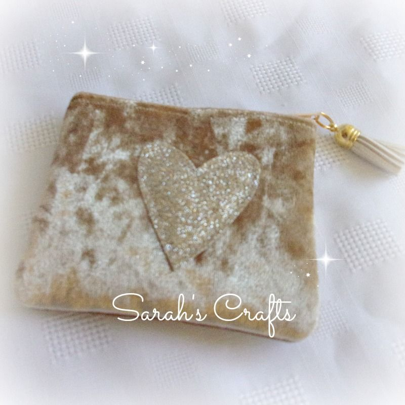 Coin Purse - Gold Velvet with Gold Heart