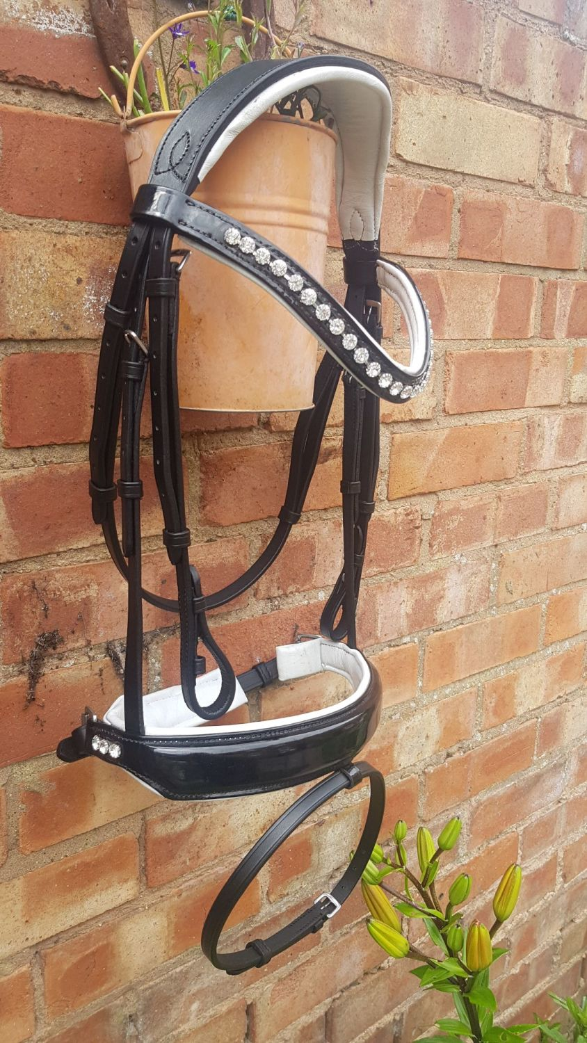 Equitique Elegance Bridle - White padded