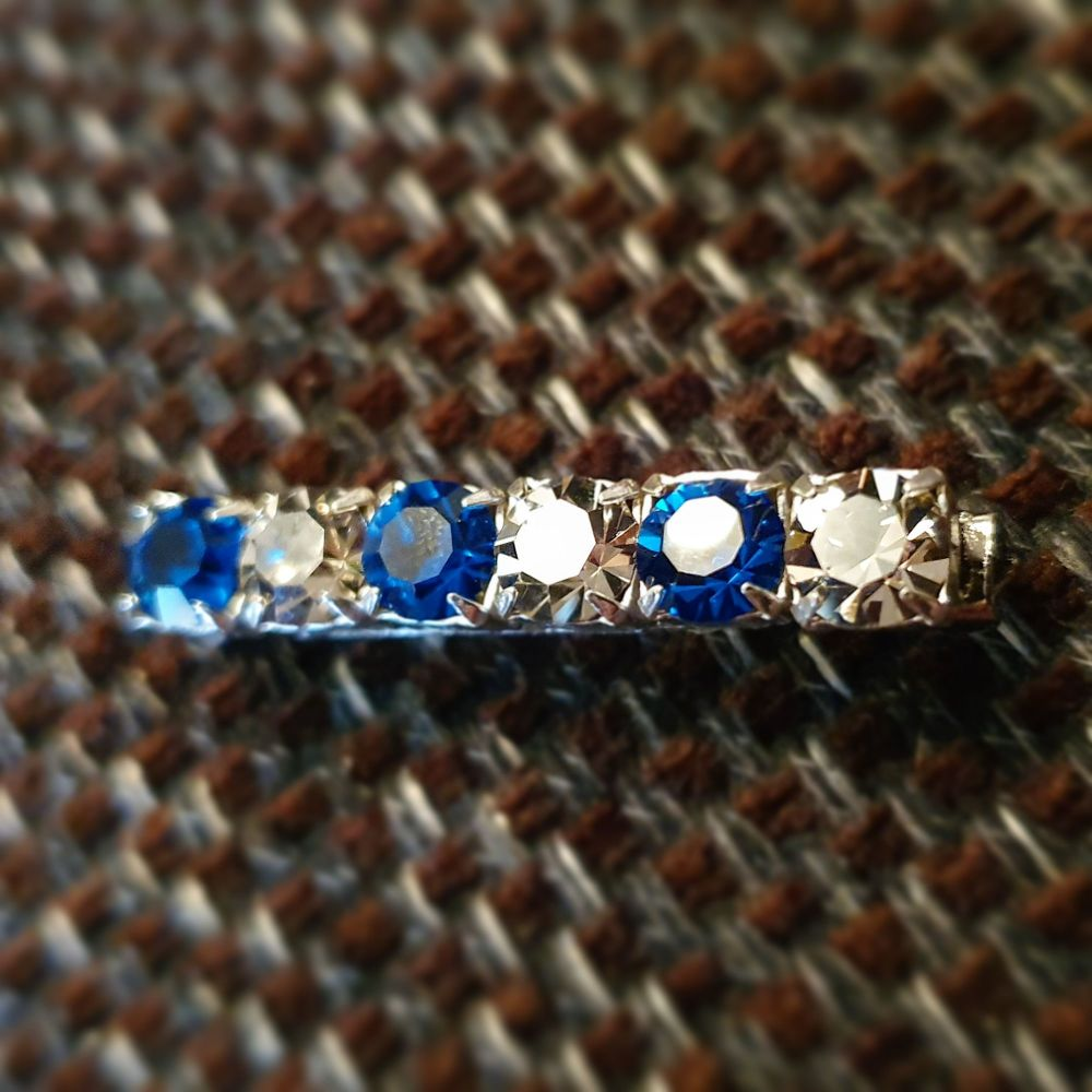 Capri Blue & Crystal velvet Stock Pin