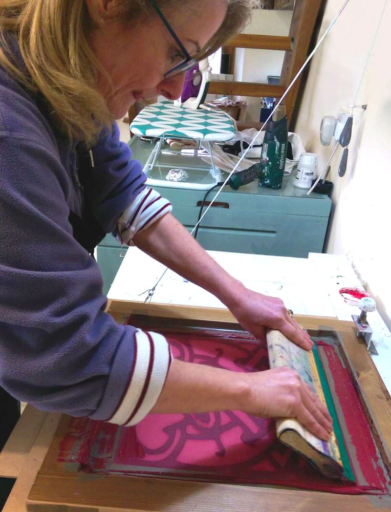 (4) Sat 8th June - SCREEN PRINTING FABRIC OR PAPER