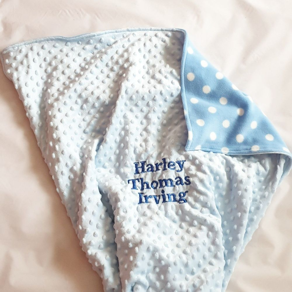 <!--006-->Dimple and fleece personalised baby blanket