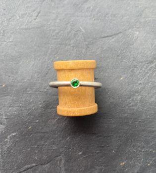 Tsavorite garnet, silver ring.