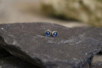 Sapphire, silver studs