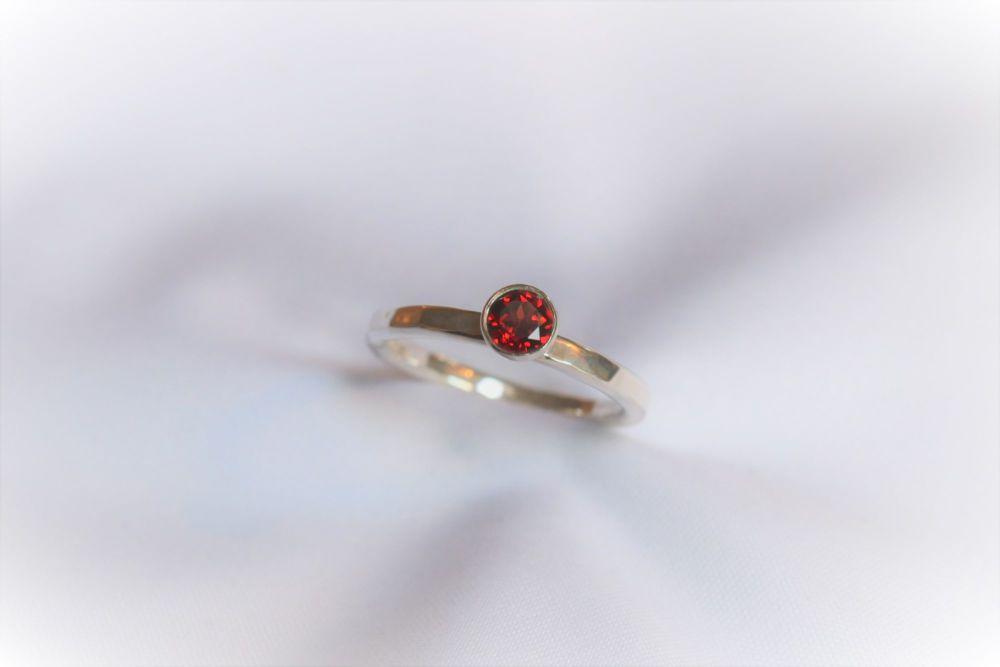 Garnet, silver ring