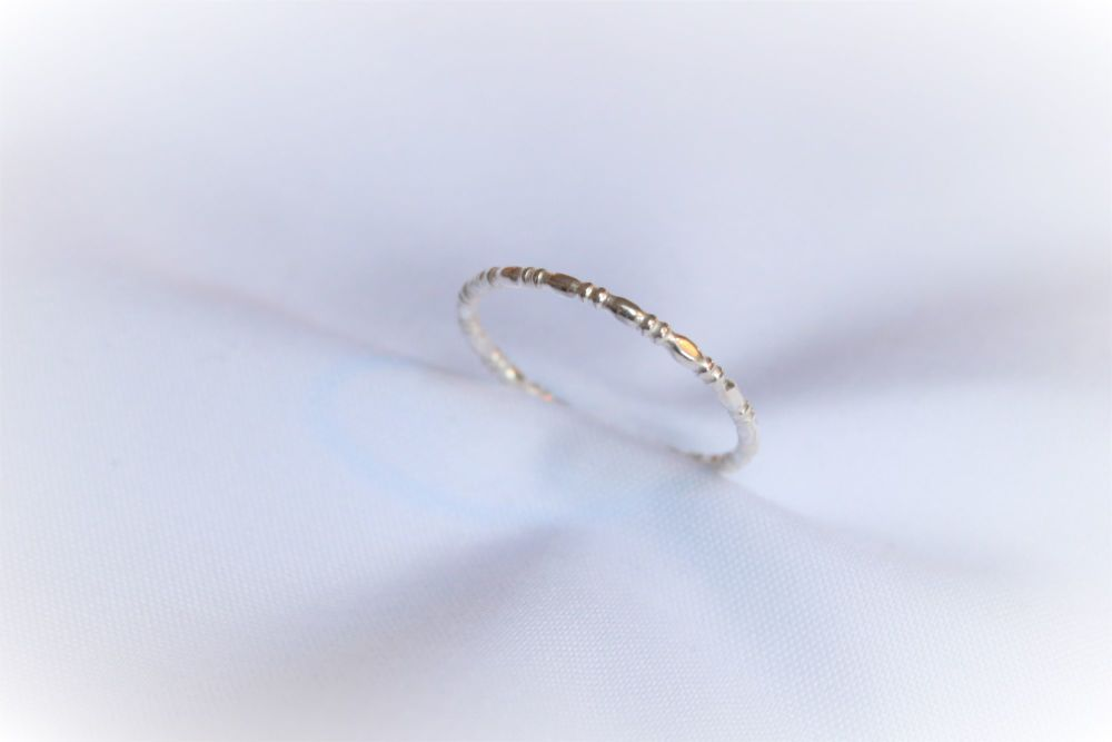 Silver rondelle ring