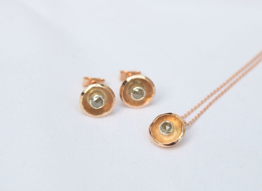 9ct gold. Single stone diamond stud earrings