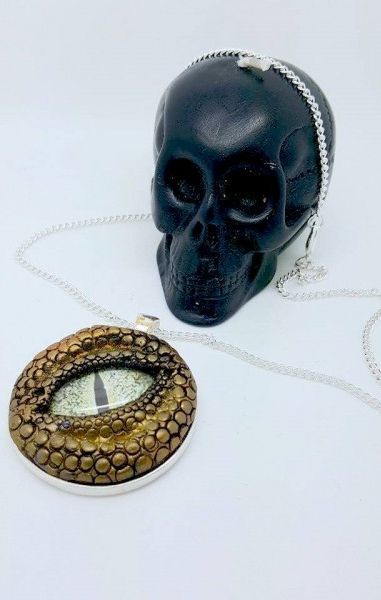 Dragon Eye Necklace - Gold with green eye