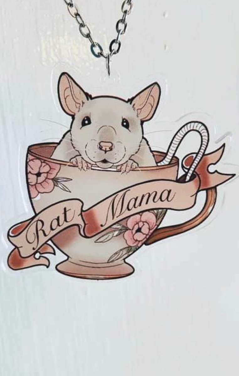 Rat Mama Teacup Necklace RRP £6.99