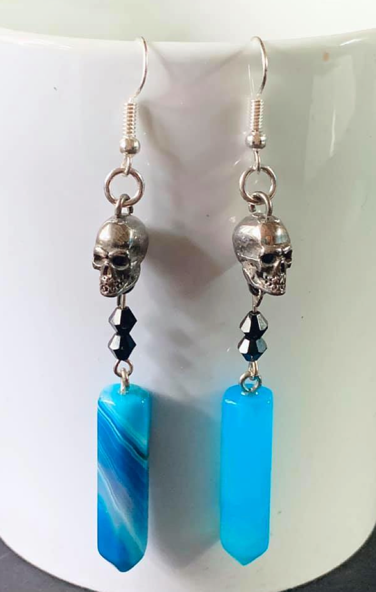 Skull Drop Earrings RRP £9.99