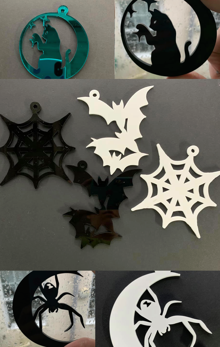 Spooky Decorations (set of 2)