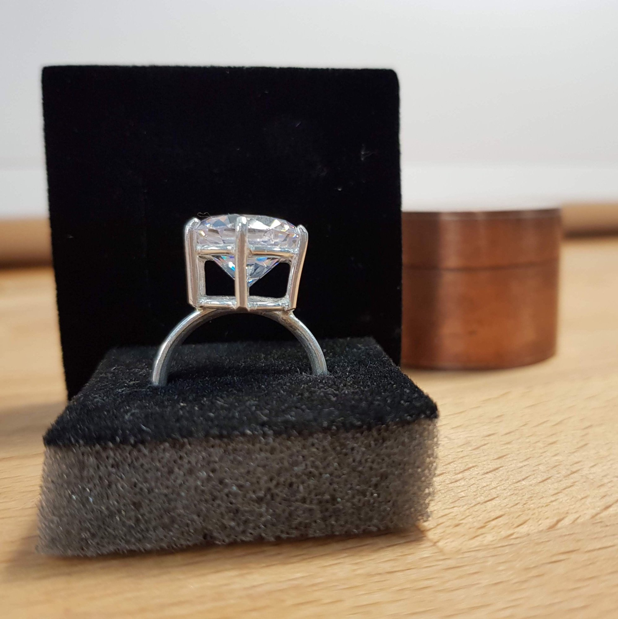 Learn how to make a stone set ring