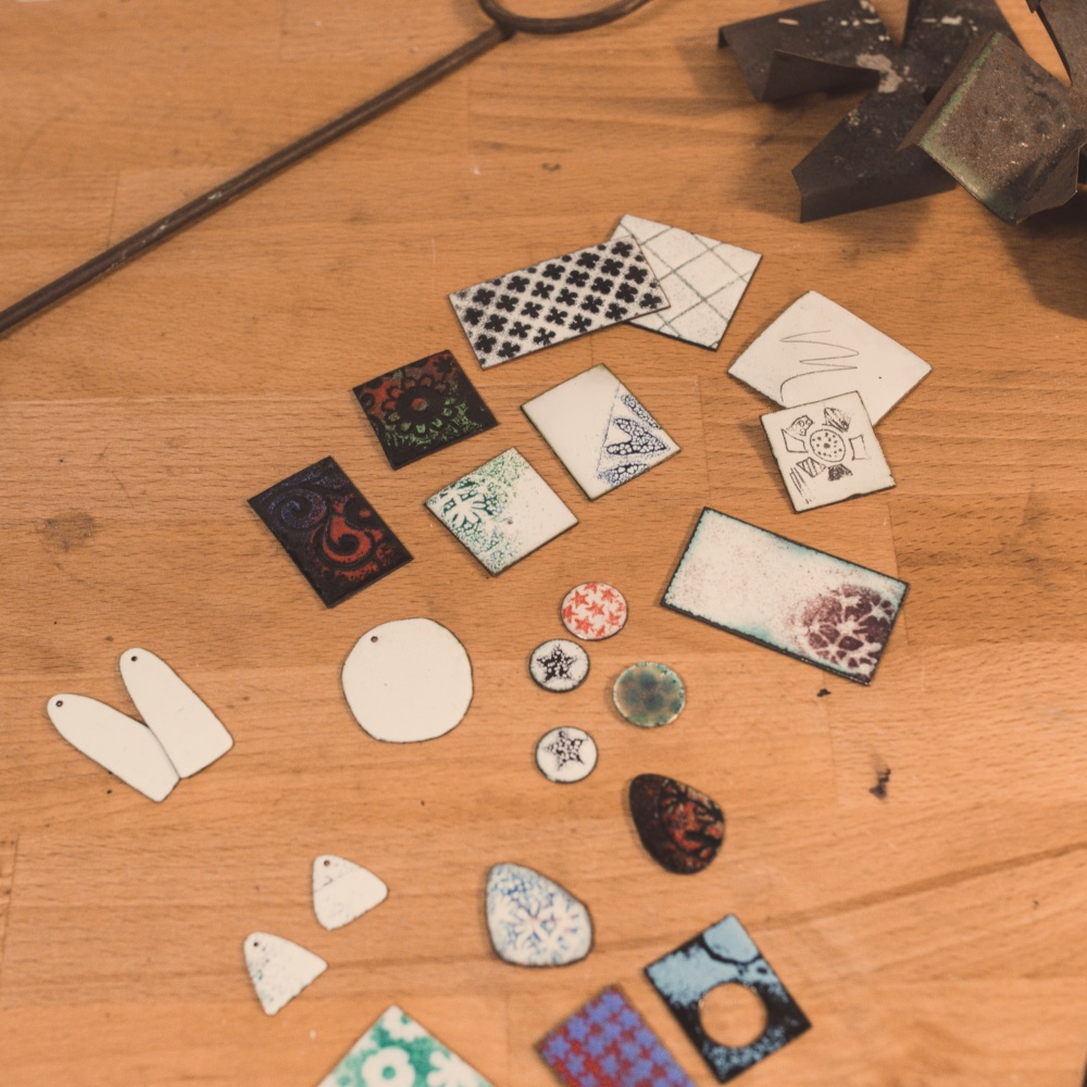 <!-- 006 -->One day beginners enamelling course
