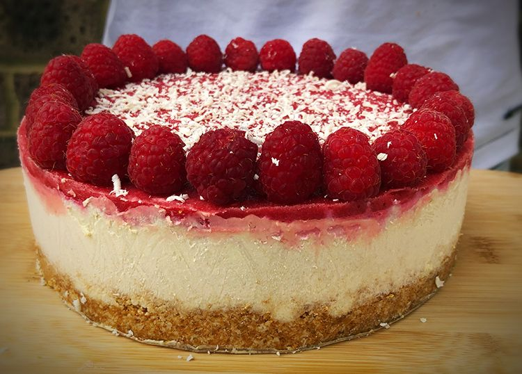 raspberry and white chocolate cheezecake