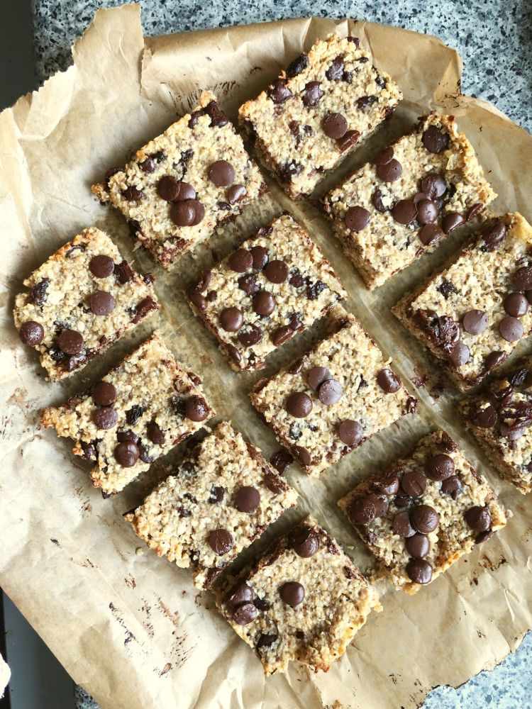 chocolate and oat breakfast bars