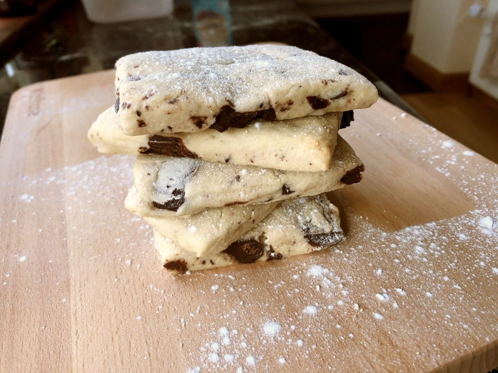 chocolate chunk shortbread