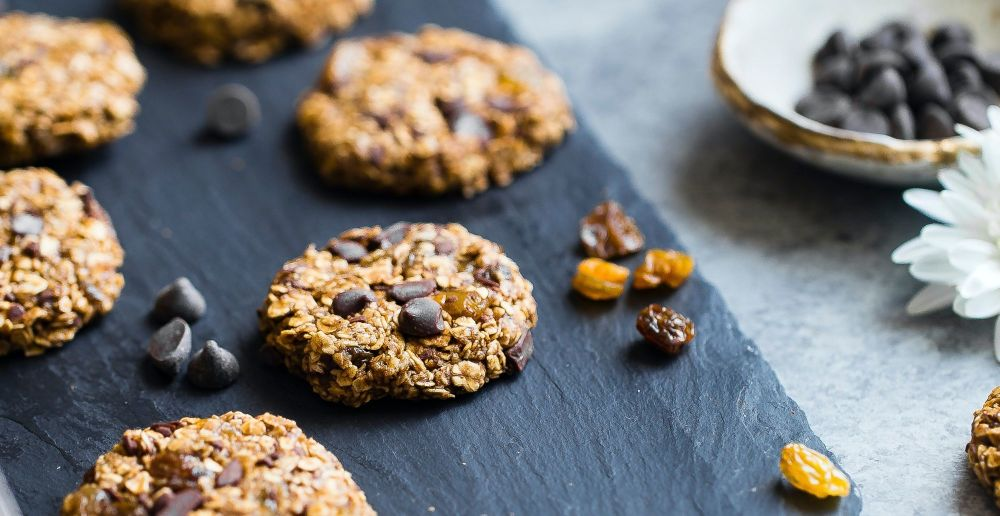 banana oat cookies top