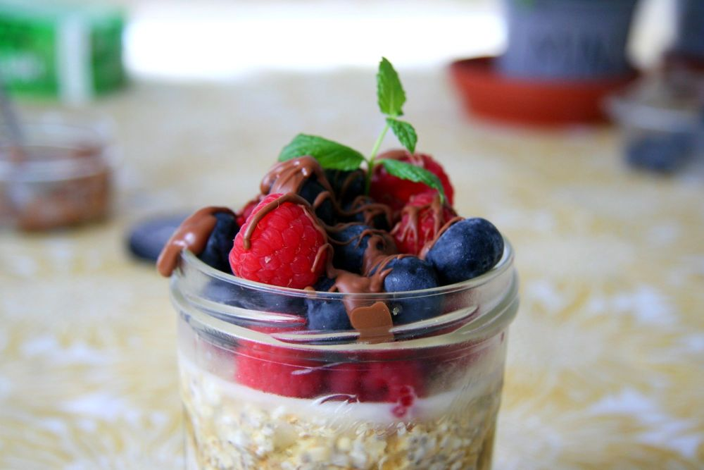 overnight oats berries close up