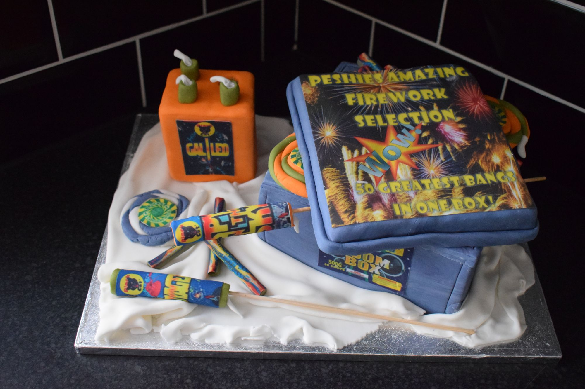 firework-themed-birthday-cake