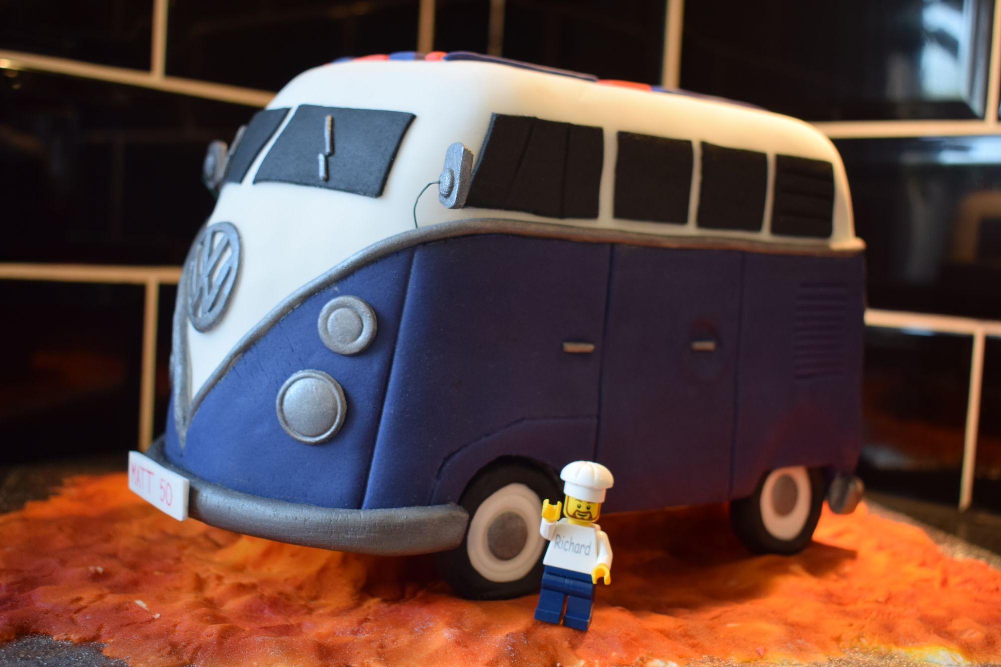 VW-camper-van-birthday-cake