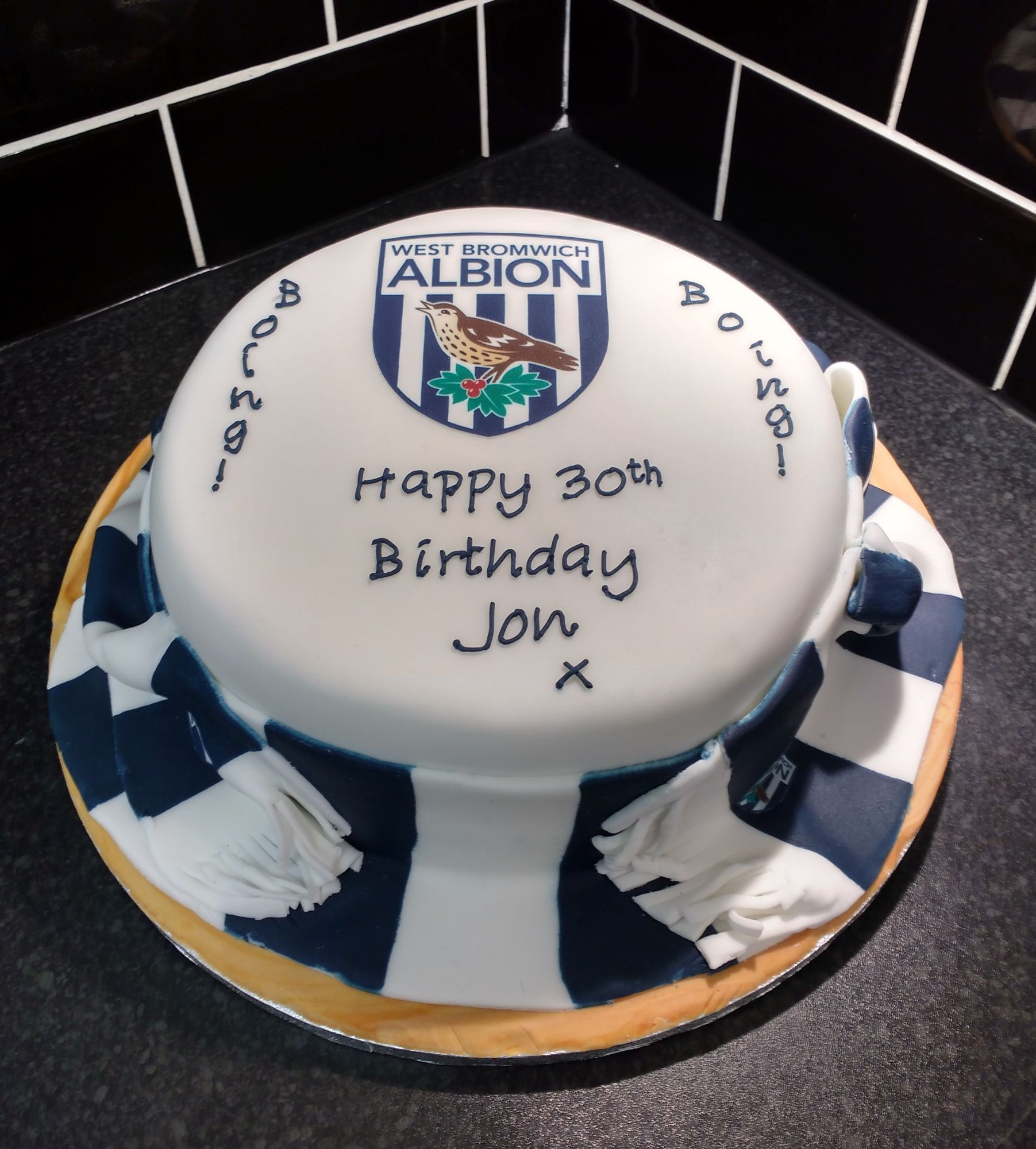 west-bromwich-albion-cake