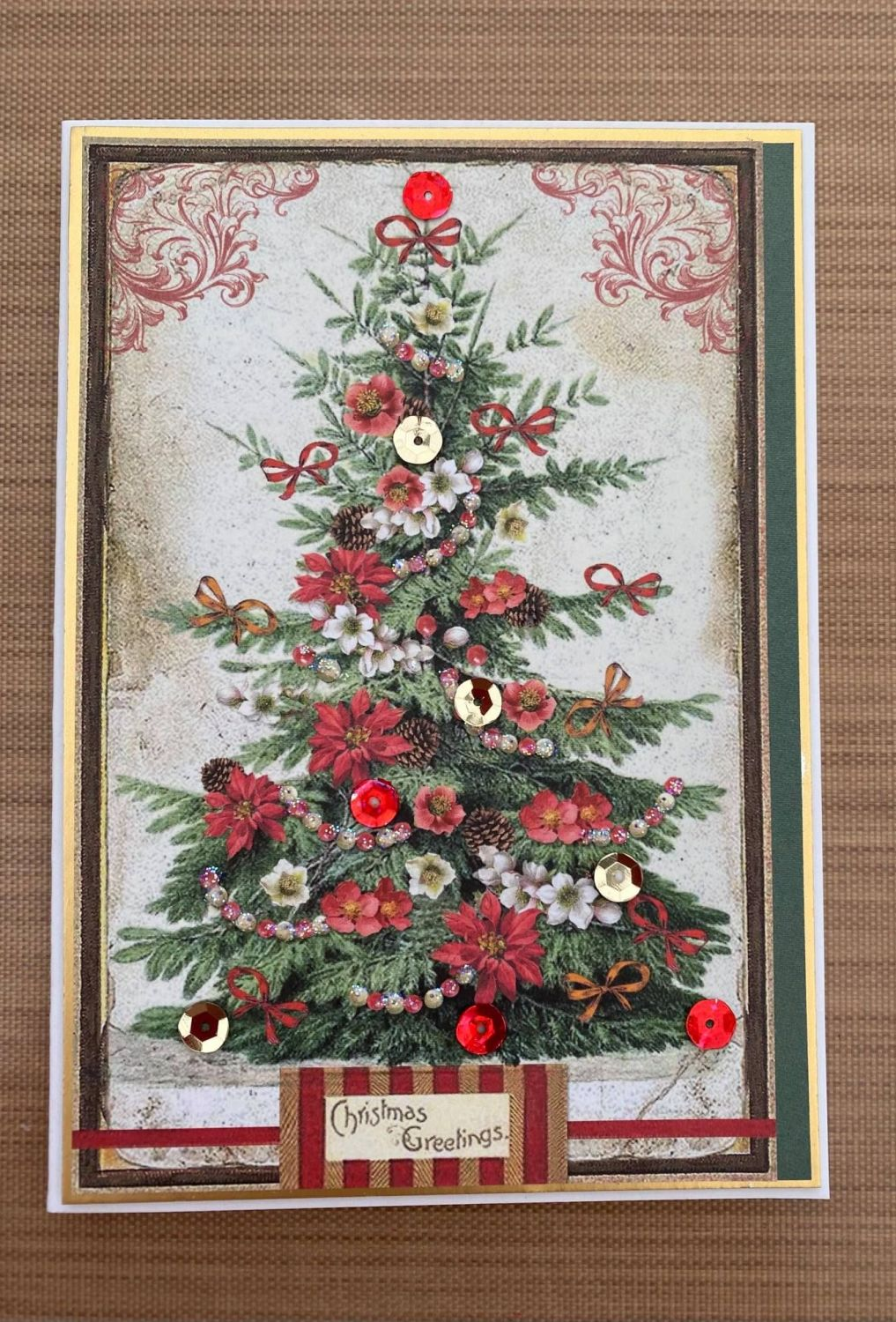 Stamperia - be Creative Craft Christmas Sample - Vintage Christmas Tree