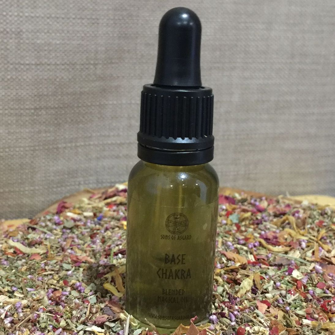 Base Chakra - Magical Oil