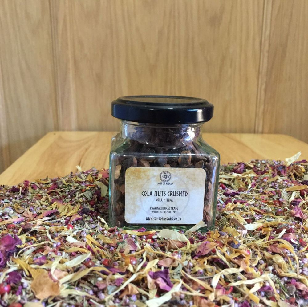 Cola Nuts Crushed - Apothecary Jar