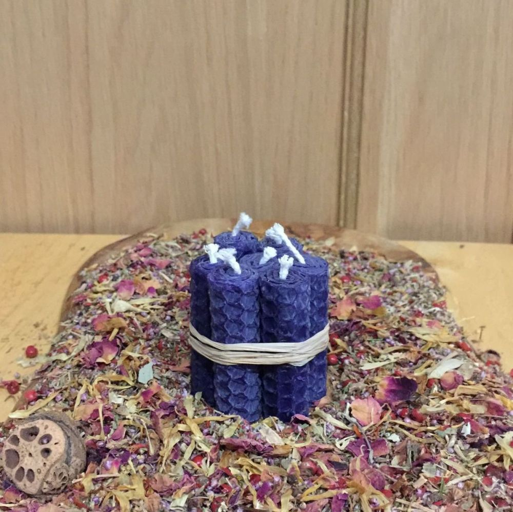 Violet Beeswax Mini Spell Candle