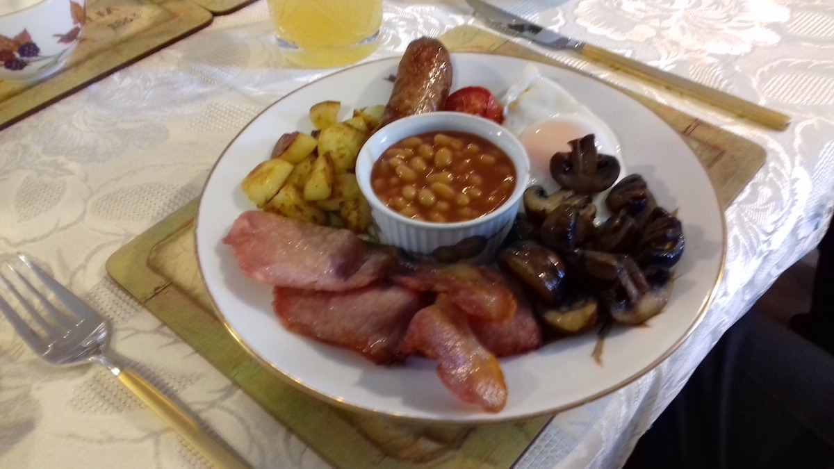 Delicious breakfast at Old Hathern Station B&B