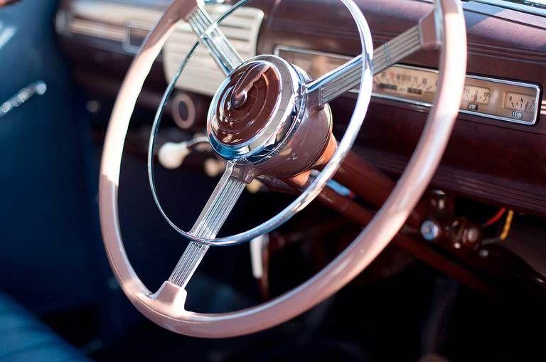 classic wedding car steering wheel