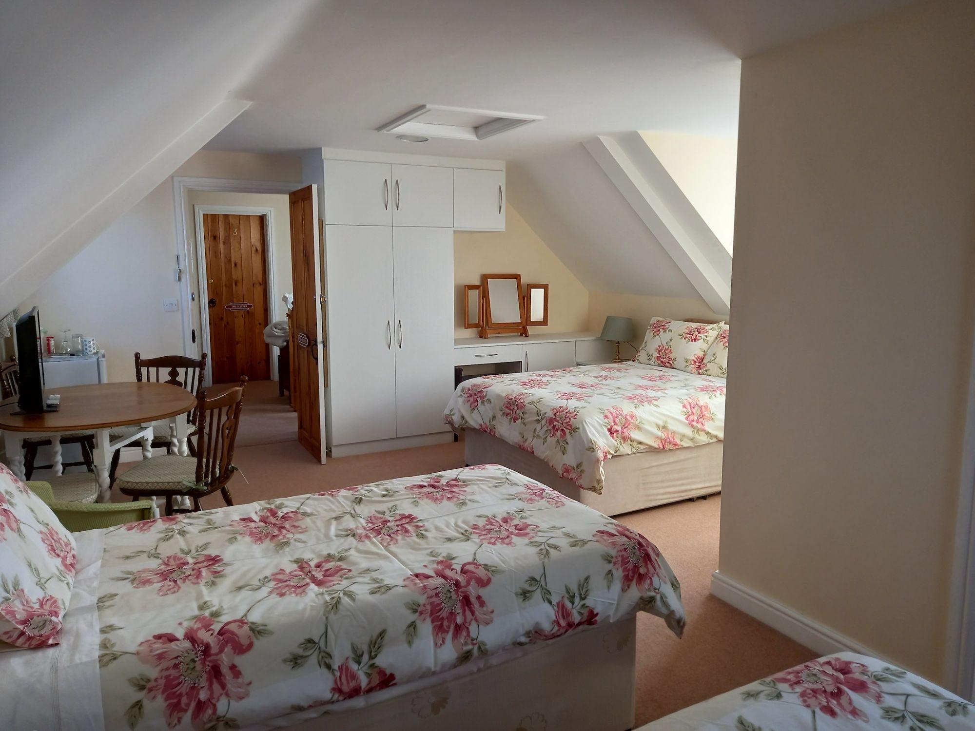 Bedroom  in The Beeching room
