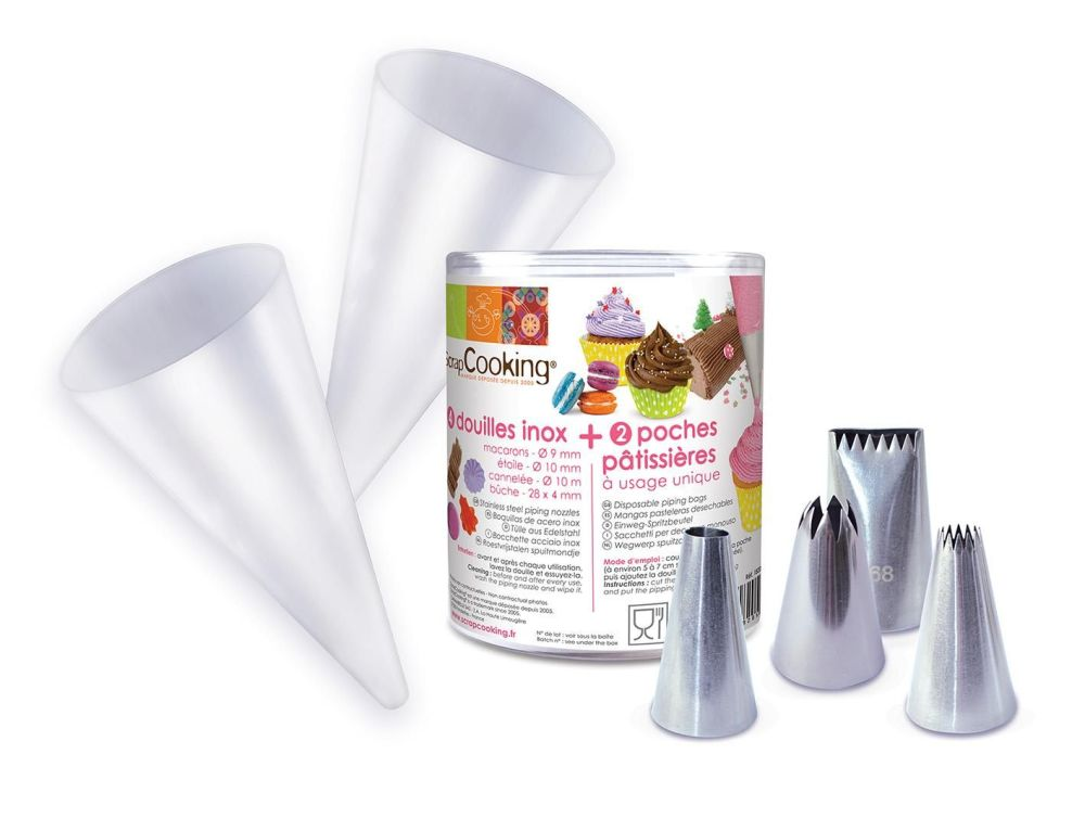 Scrap Cooking: Box of 4 stainless steel nozzles + 2 pipping bags. MOQ 6 Units @ £9.39 per unit 1820
