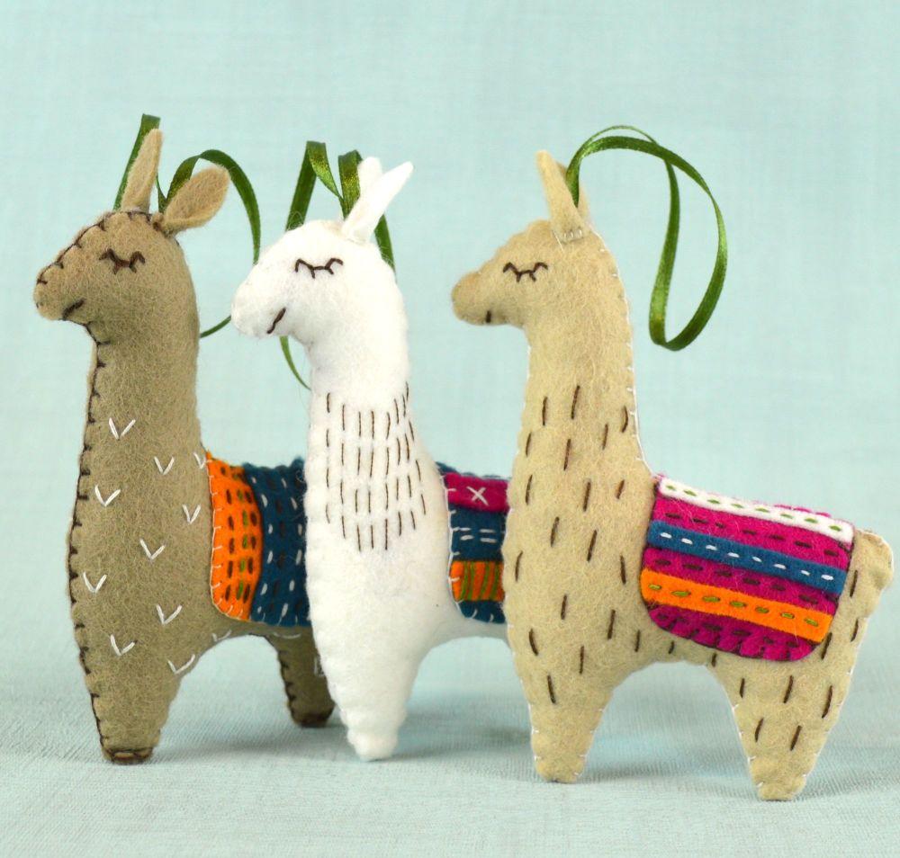 Corinne Lapierre: Felt Llamas