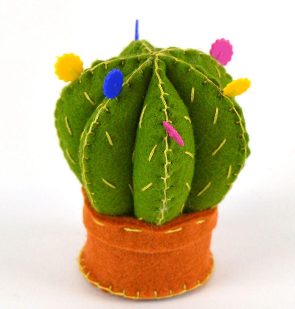 Corinne Lapierre: Cactus pincushion