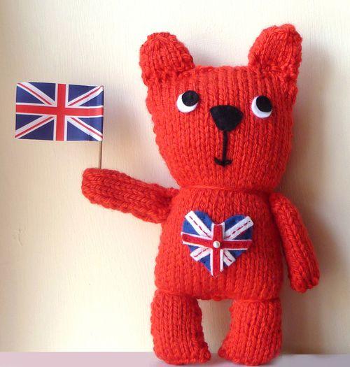 Gift Horse Kits: Great British Bear Knit Kit