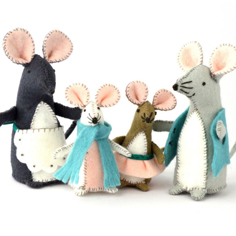 Corinne Lapierre: Mouse Family
