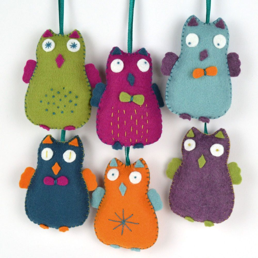 Corinne Lapierre: Happy Owls