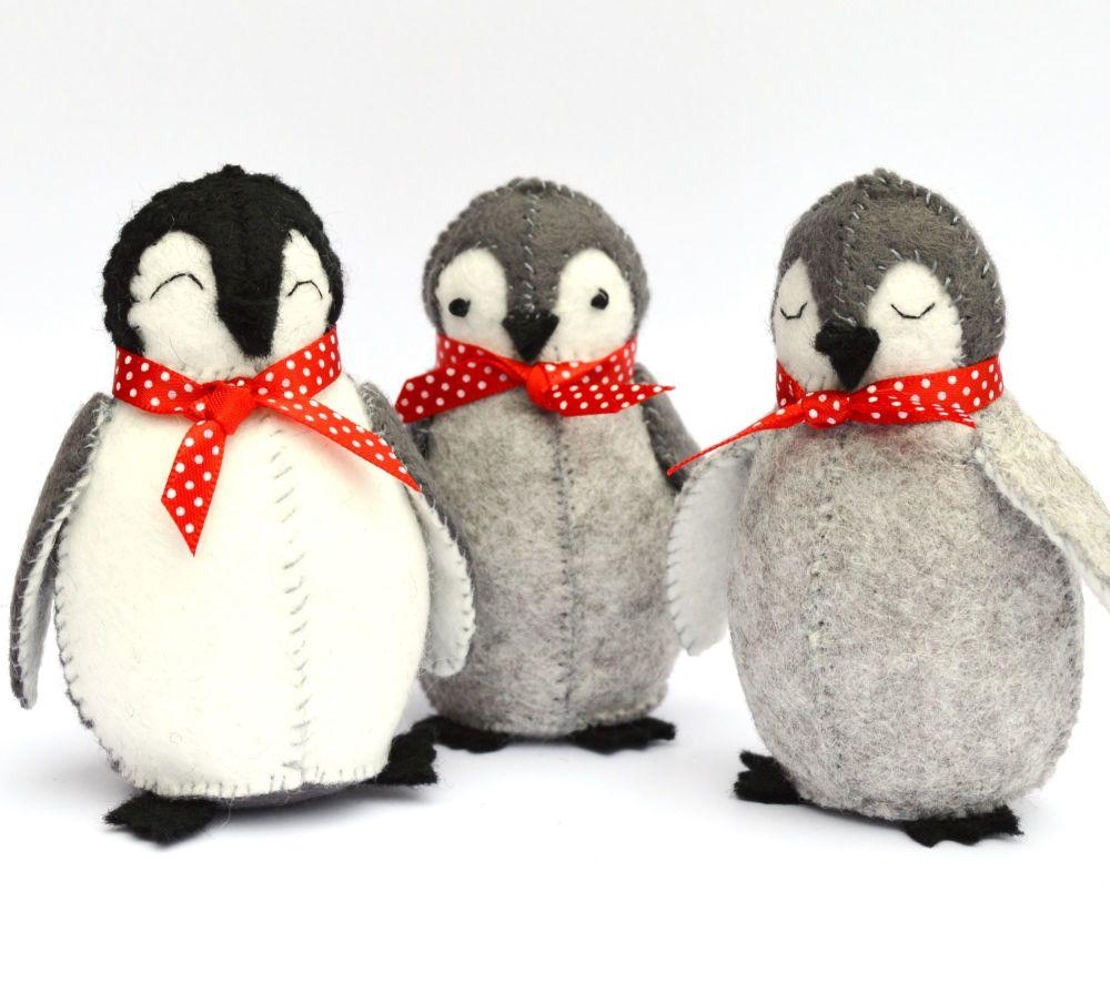 Corinne Lapierre: Baby Penguins